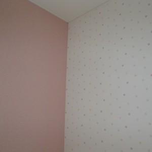 乳児室壁紙